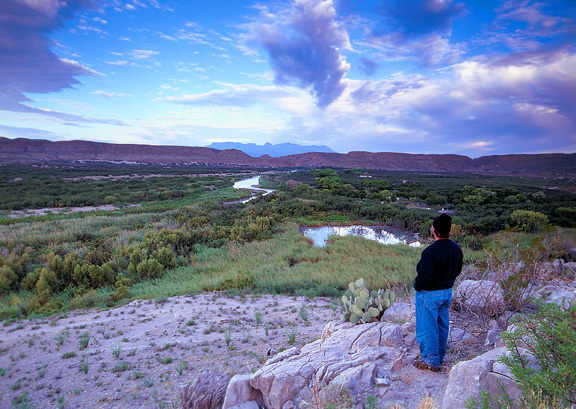 The view looking west at the Rio Grande Overlook